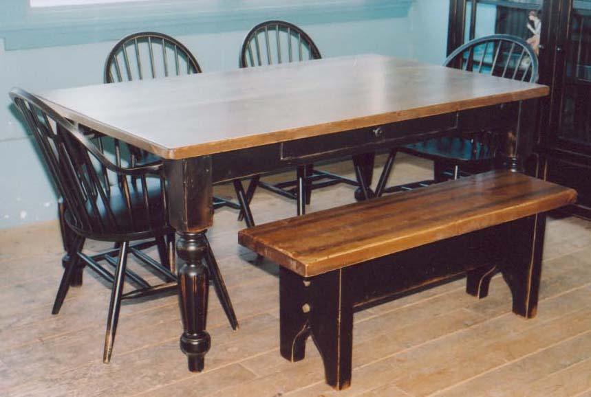 25. Harvest table black