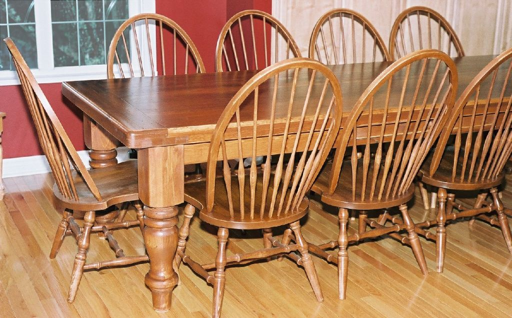20. thick leg table
